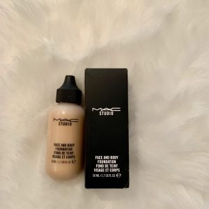 MAC Face and Body in shade 3N